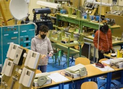 30.000 personas acreditarán este año en Andalucía competencias profesionales con el nuevo sistema