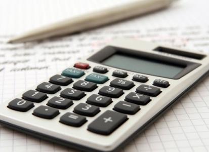 Lo que tienes que revisar en el IRPF de tu nómina para no pagar de más en la renta