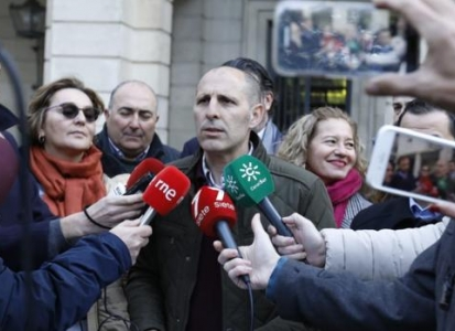Interinos denuncian a la Junta de Andalucía para suspender las oposiciones de estabilización