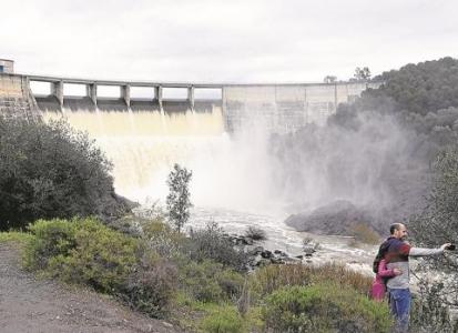 De la sequía al desagüe: los pantanos de Sevilla garantizan abastecimiento para cuatro años